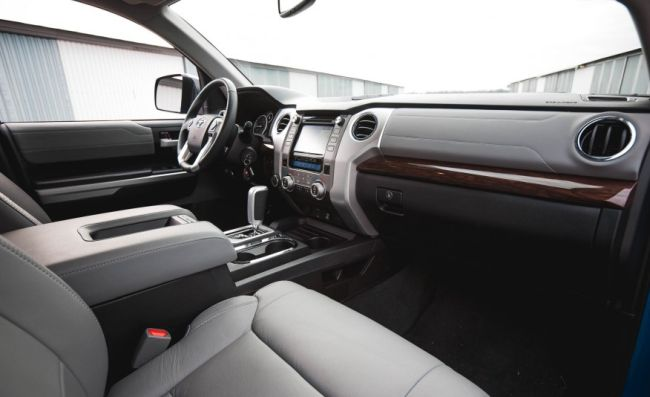 2018 Toyota Tundra Sel Interior