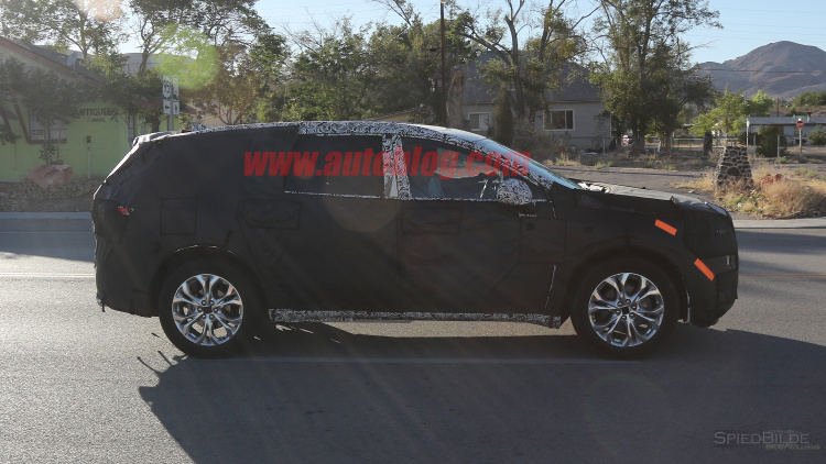 2018 Buick Enclave Featured Side View In Motion
