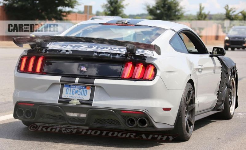 2018 ford mustang shelby gt500 price specs news rumors. Black Bedroom Furniture Sets. Home Design Ideas
