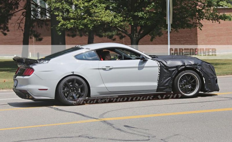 2018 Ford Mustang Shelby GT500 Price, Specs, News, Rumors