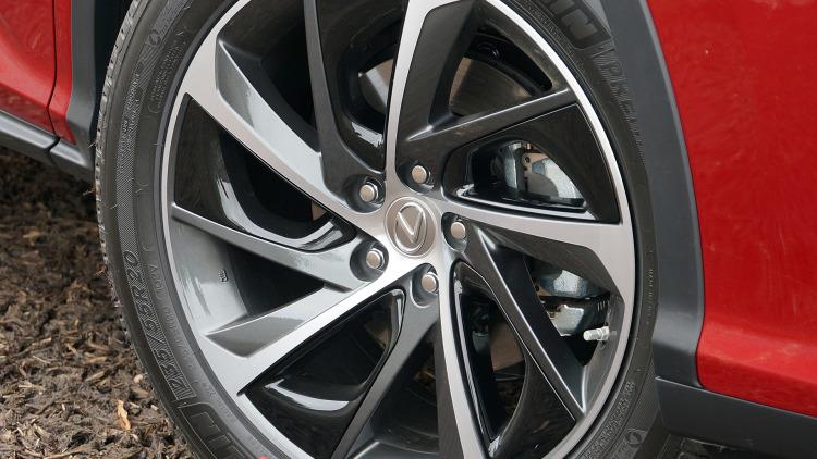 http://cardissection.com/wp-content/gallery/2018-lexus-rx/2018-Lexus-RX-Wheel.jpg