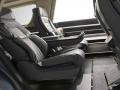 2018 Lincoln Naviagtor Back Seats