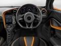 2018 McLaren 720S steering wheel