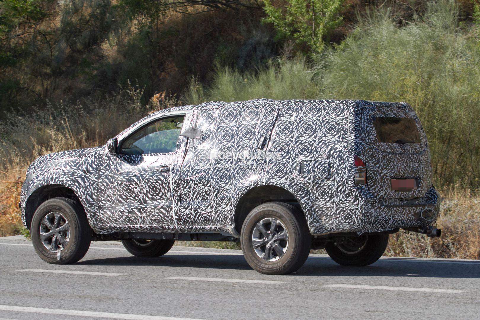 Nissan Pathfinder 2019 >> 2019 Nissan Pathfinder Review Hybrid Changes Redesign