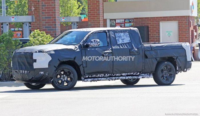 Hybrid Pickup Truck >> 2019 RAM 1500 Redesign, Spy photos, Release date, Price