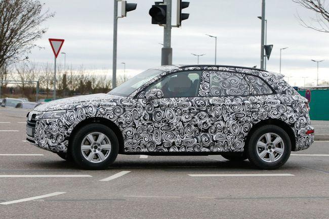 2017 Audi Q5 Side View