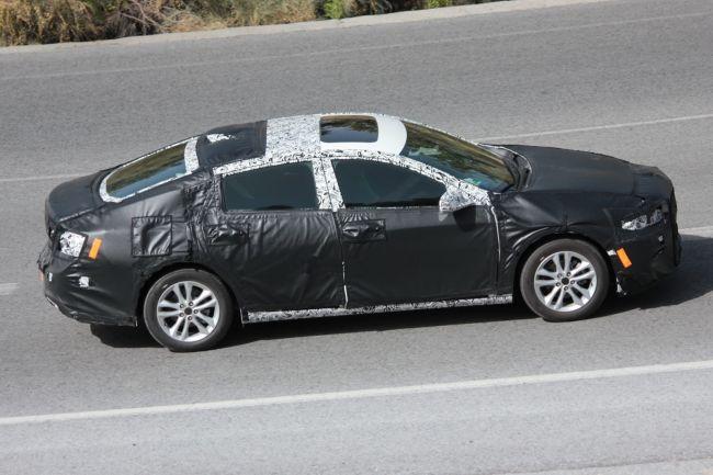 2017 Chevrolet Malibu Side View