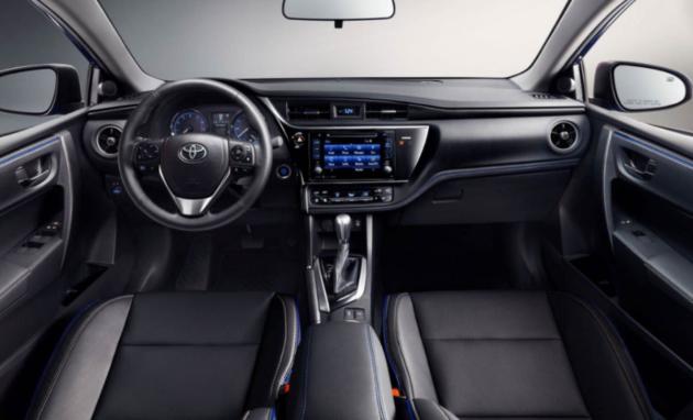 2017 Toyota Corolla dash 630x382
