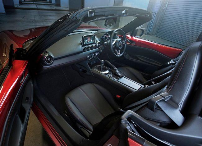 2018 Mazda MX 5 Miata Interior