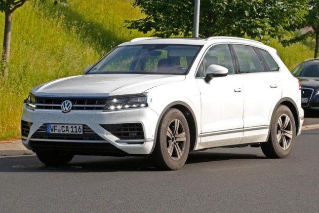2018 Volkswagen Touareg front left 630x420