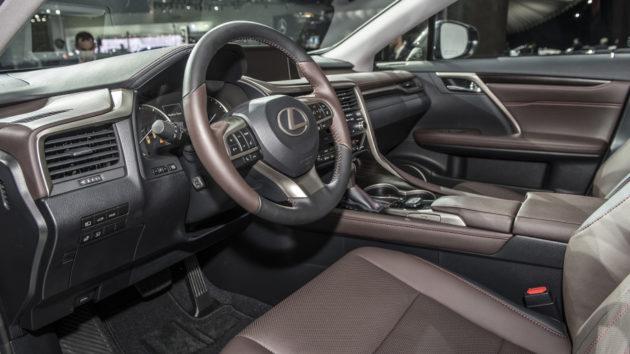 2019 Lexus RX interior 630x354