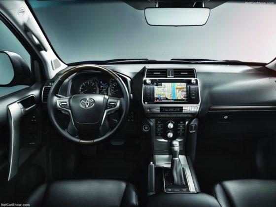 2019 Toyota Land Cruiser dashboard 560x420