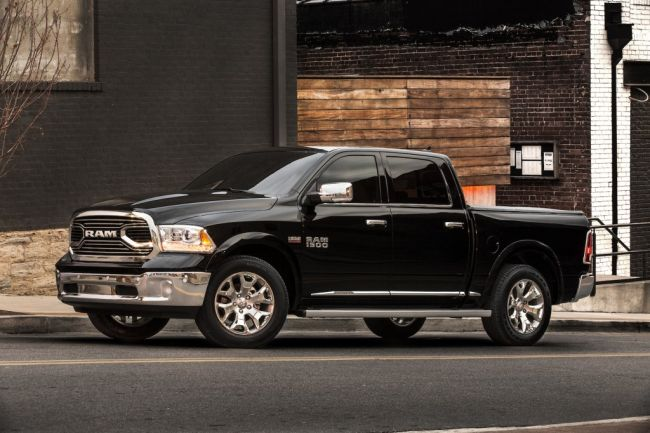 2017 Ram 1500 Featured In Motion